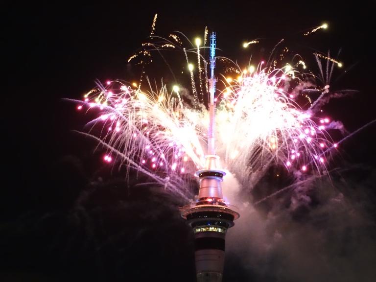 ny2017-fireworks